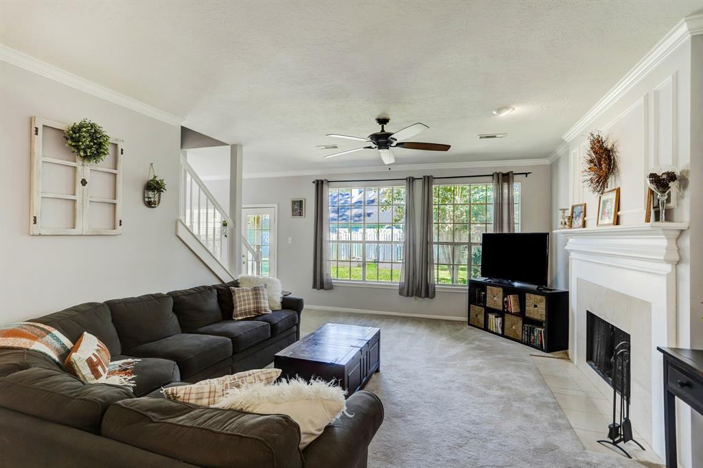 Active | 5439 Knoll Terrace  Drive Kingwood, TX 77339 3