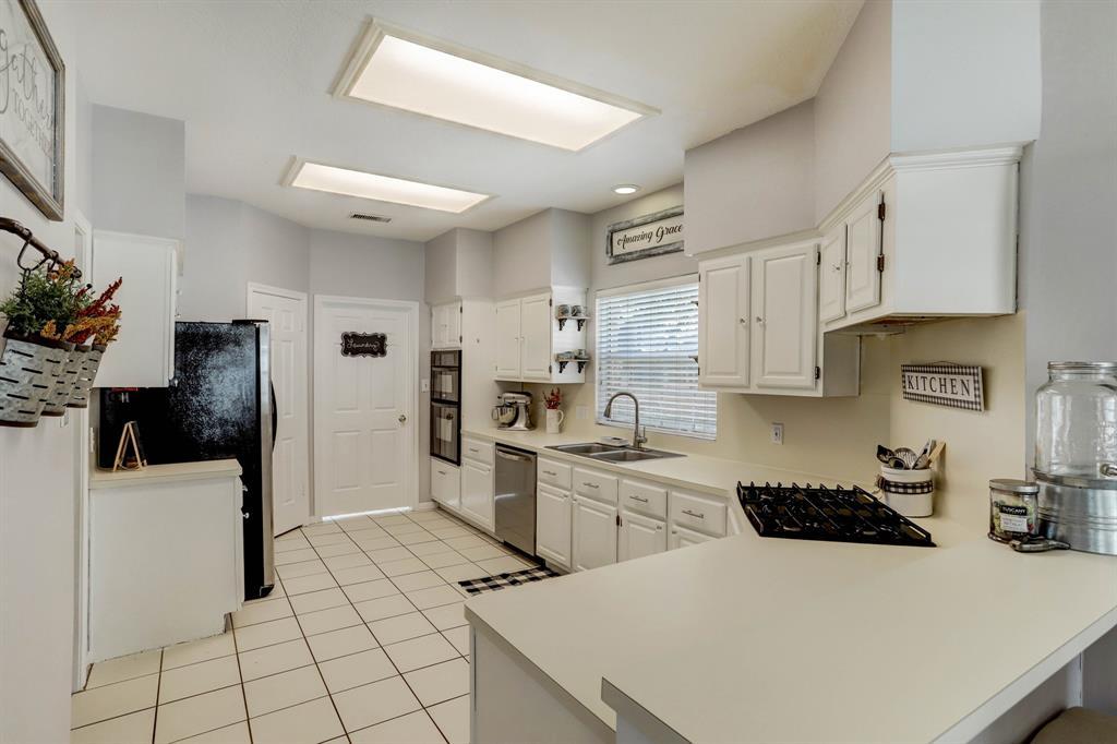 Active | 5439 Knoll Terrace  Drive Kingwood, TX 77339 9