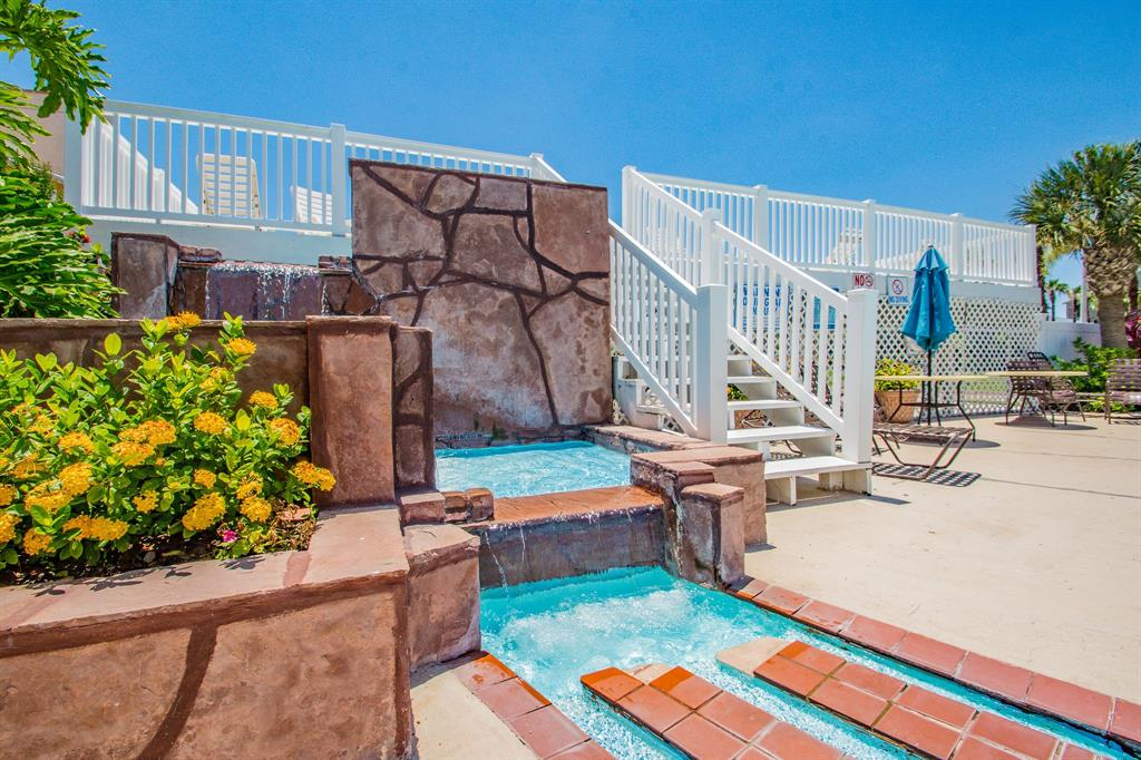 Off Market | 3506 Cove View Boulevard #109 Galveston, Texas 77554 1