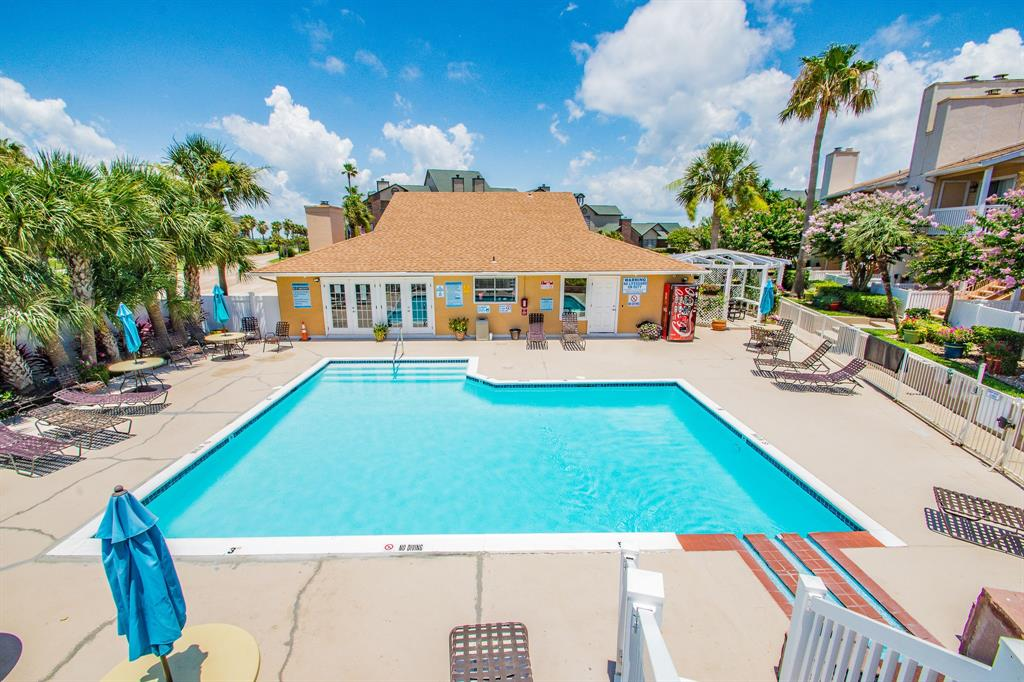 Off Market | 3506 Cove View Boulevard #109 Galveston, Texas 77554 2
