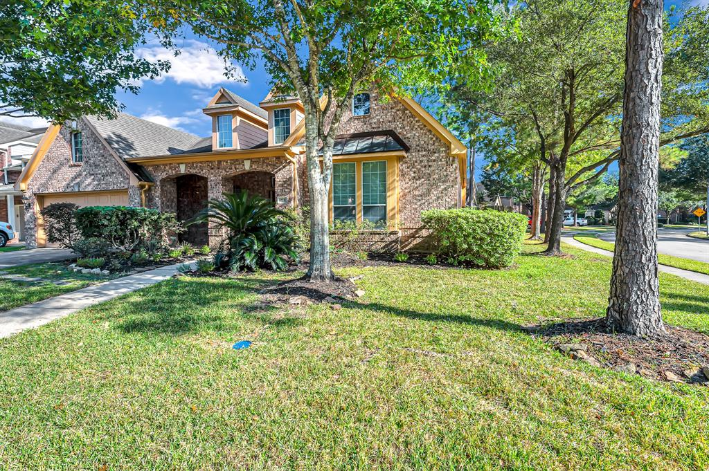 Option Pending | 2731 Shannon Forest  Court Katy, TX 77494 2