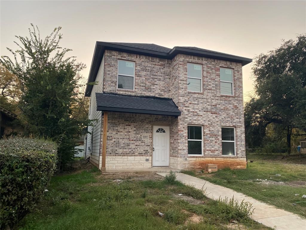 Active | 4401 Colonial  Avenue Dallas, TX 75215 0
