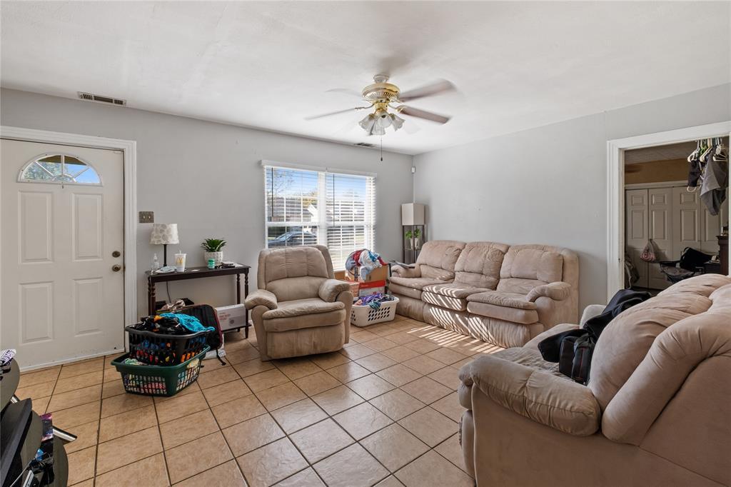 Active | 1507 Newport  Avenue Dallas, TX 75224 3