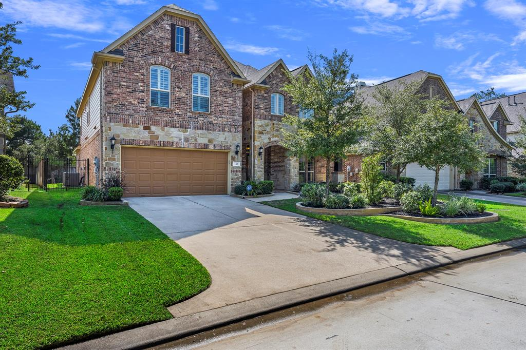 Pending Continue to Show | 142 Hearthshire  Circle Magnolia, TX 77354 1