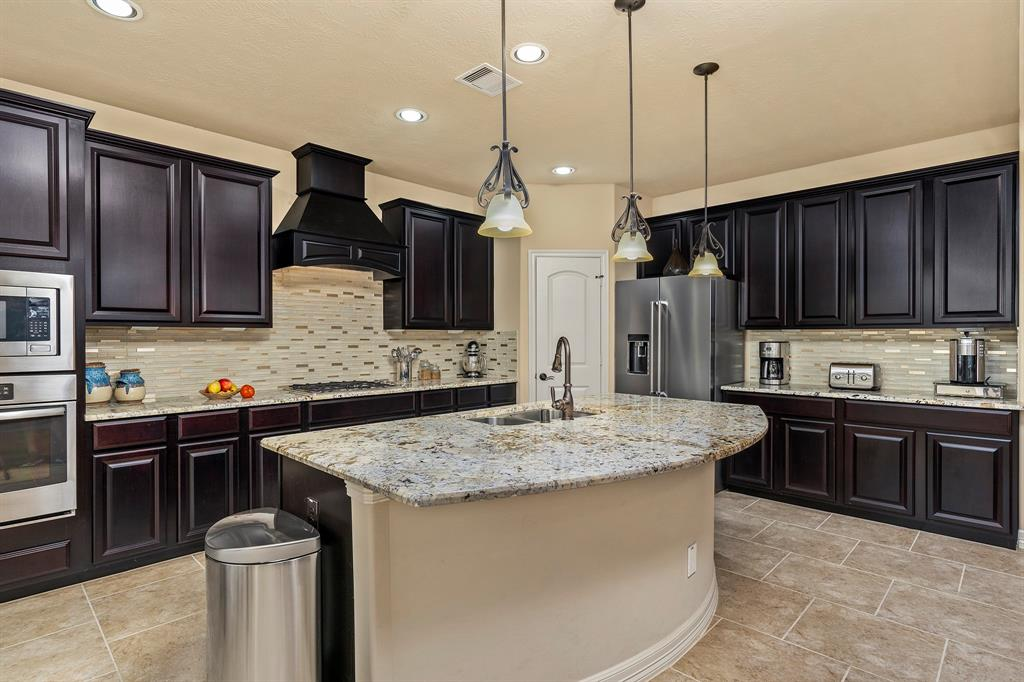 Pending Continue to Show | 142 Hearthshire  Circle Magnolia, TX 77354 13