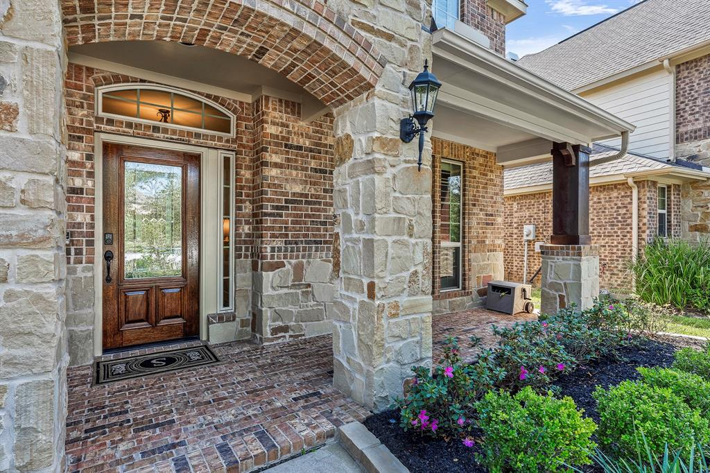 Pending Continue to Show | 142 Hearthshire  Circle Magnolia, TX 77354 3