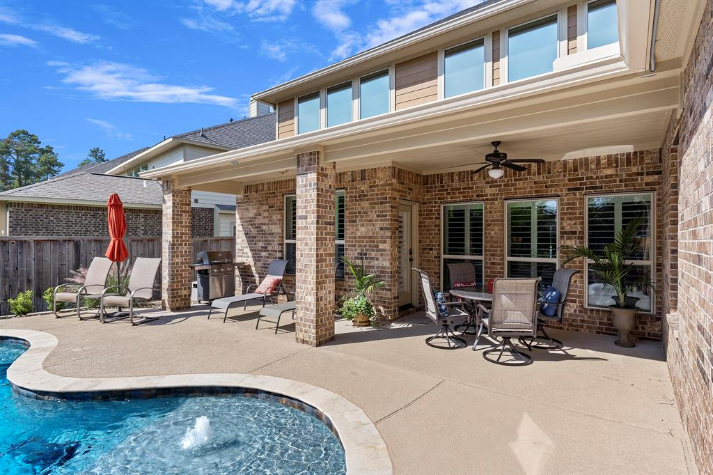 Pending Continue to Show | 142 Hearthshire  Circle Magnolia, TX 77354 37