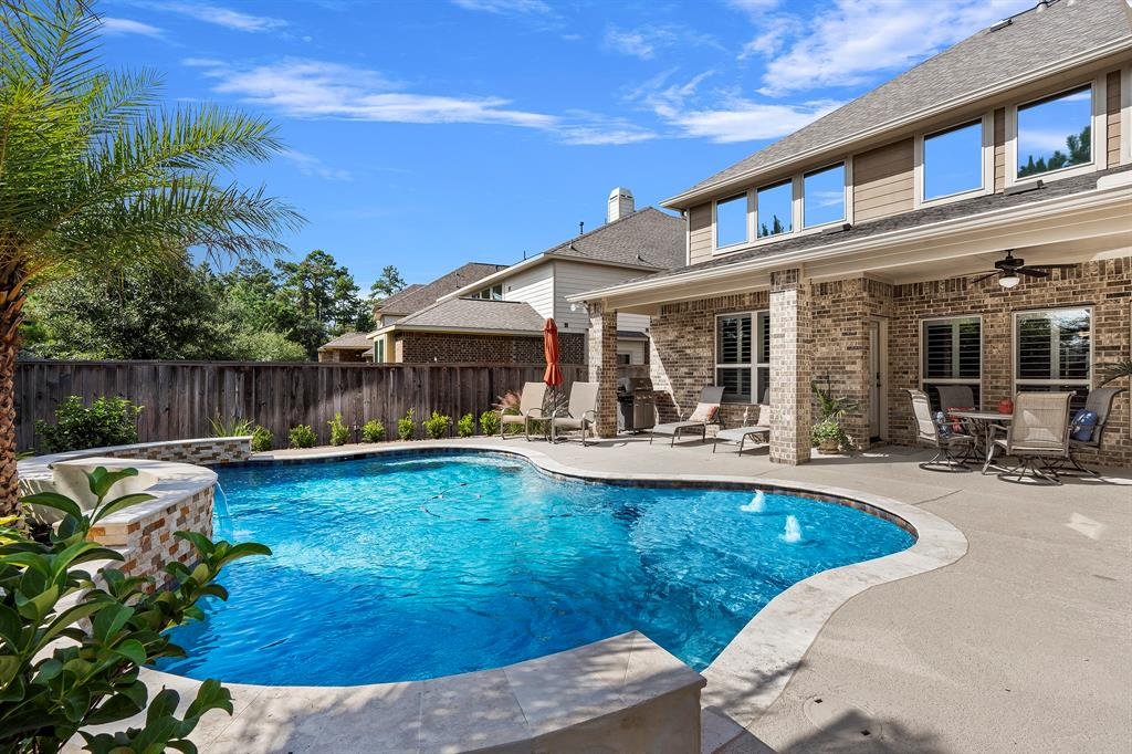 Pending Continue to Show | 142 Hearthshire  Circle Magnolia, TX 77354 39