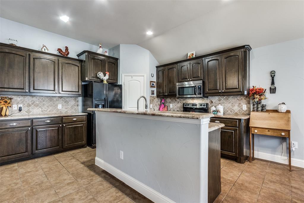 Sold Property | 2717 Clarendon  Drive Denton, TX 76207 10