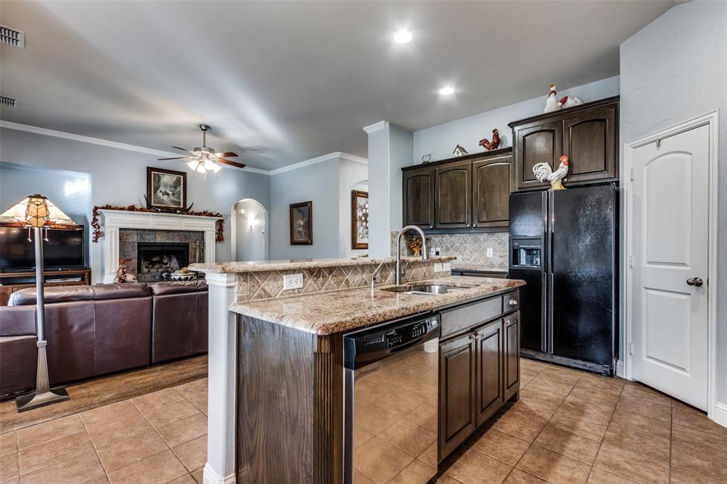 Sold Property | 2717 Clarendon  Drive Denton, TX 76207 12