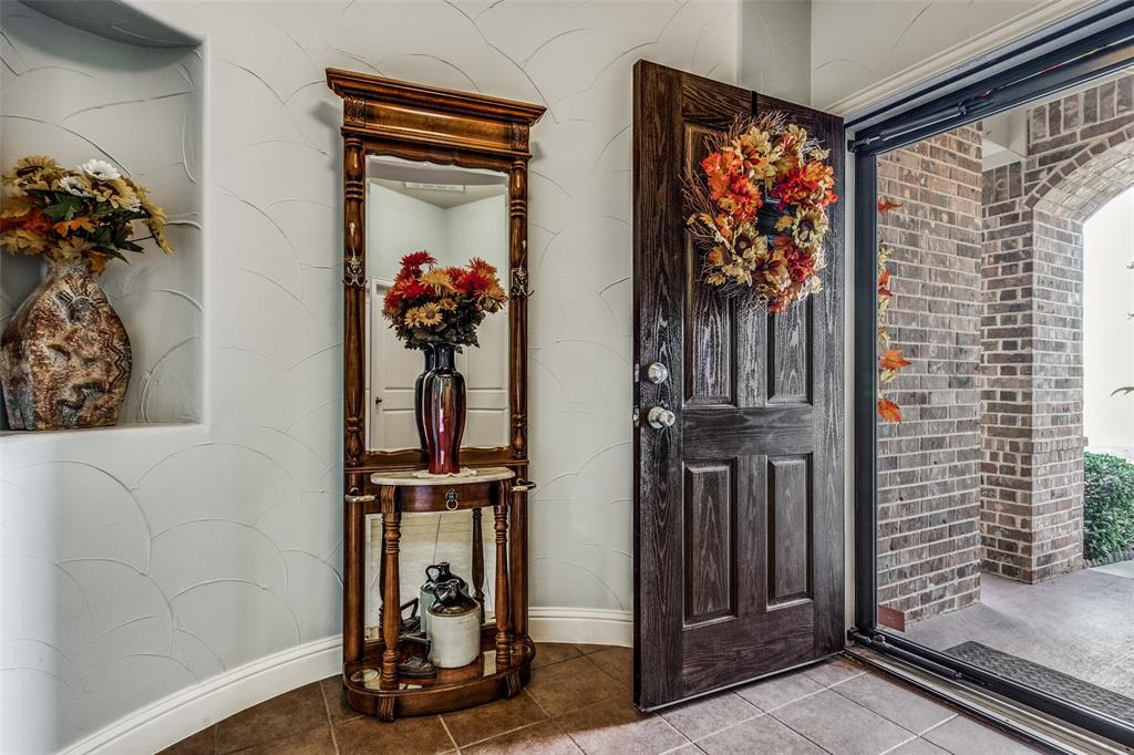 Sold Property | 2717 Clarendon Drive Denton, Texas 76207 3