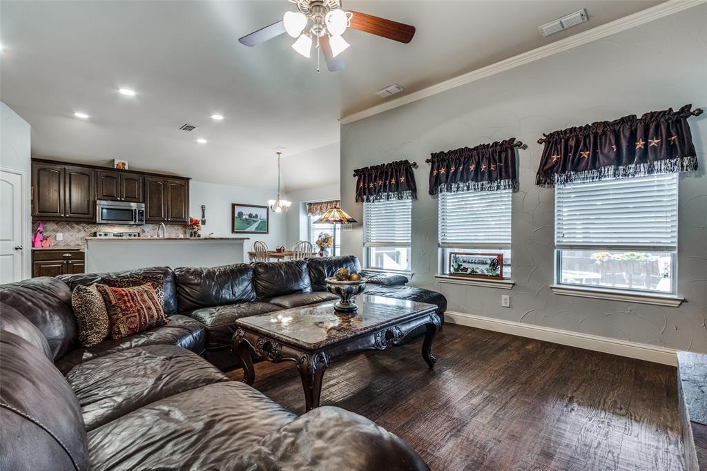 Sold Property | 2717 Clarendon Drive Denton, Texas 76207 7