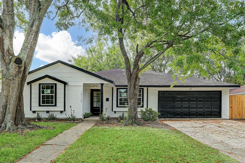 Off Market | 15710 Sea Lark Road Houston, Texas 77062 1