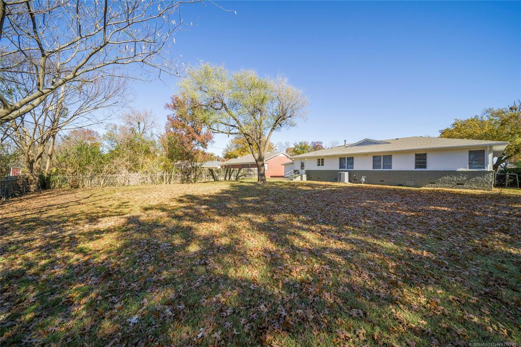 Active | 1323 N McFarland Place Claremore, OK 74017 36