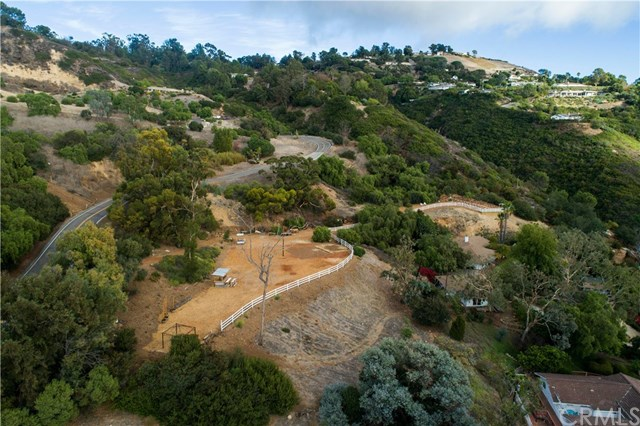 Closed | 70 Portuguese Bend  Road Rolling Hills, CA 90274 12