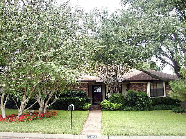 Sold Property | 2324 SOUTHCREST Drive Arlington, Texas 76016 0