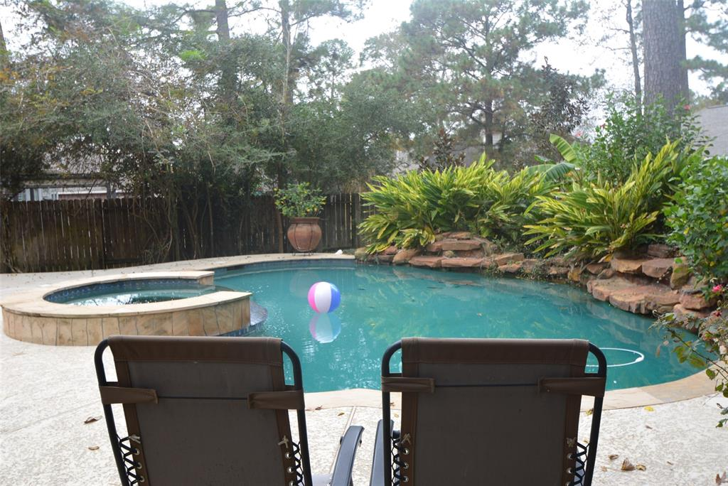 Active | 58 N Brooksedge  Circle The Woodlands, TX 77382 24