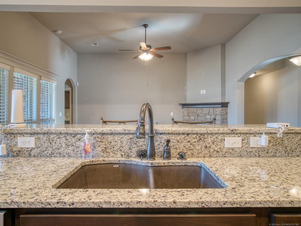 Active | 18421 E 49th Place Tulsa, OK 74134 11