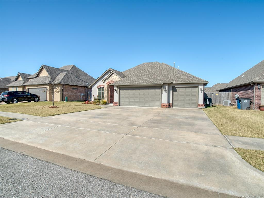 Active | 18421 E 49th Place Tulsa, OK 74134 33