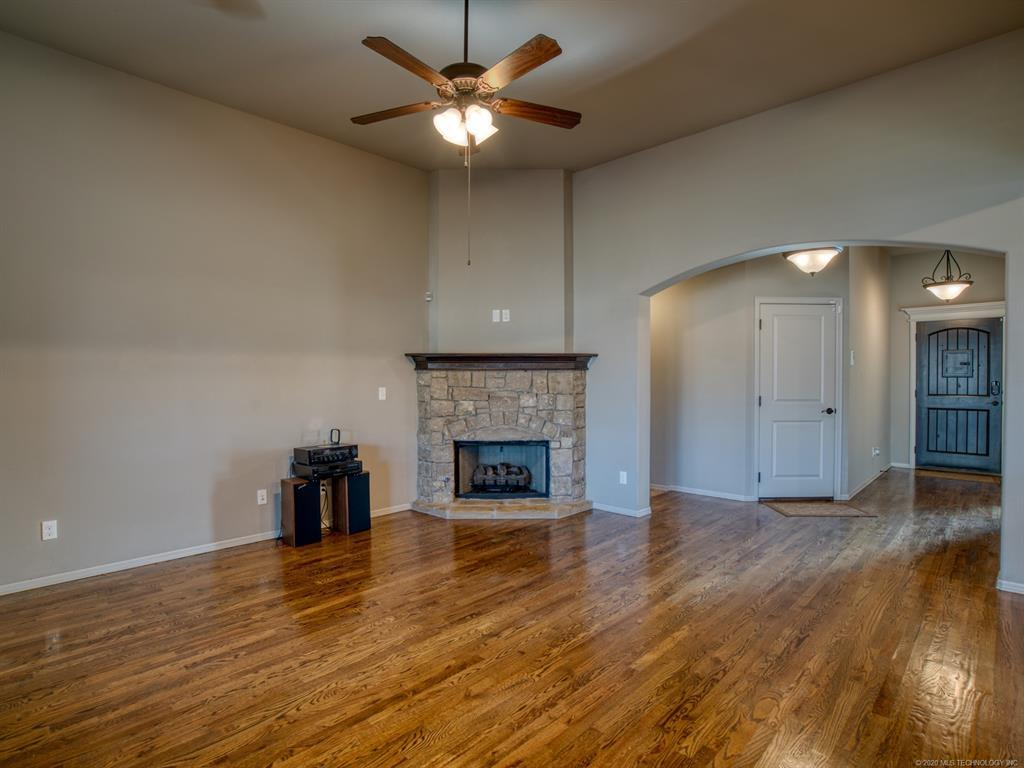 Active | 18421 E 49th Place Tulsa, OK 74134 5