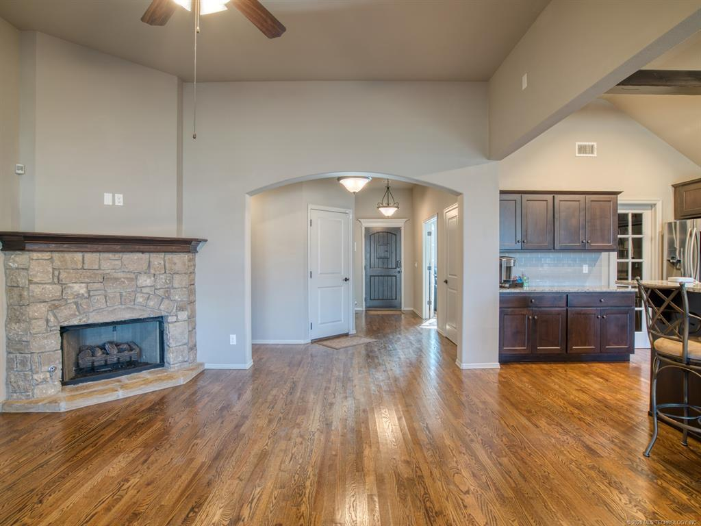 Active | 18421 E 49th Place Tulsa, OK 74134 7