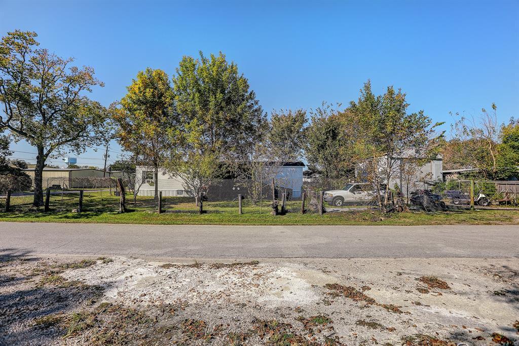 Option Pending | 4607 8th  Street Bacliff, TX 77518 4