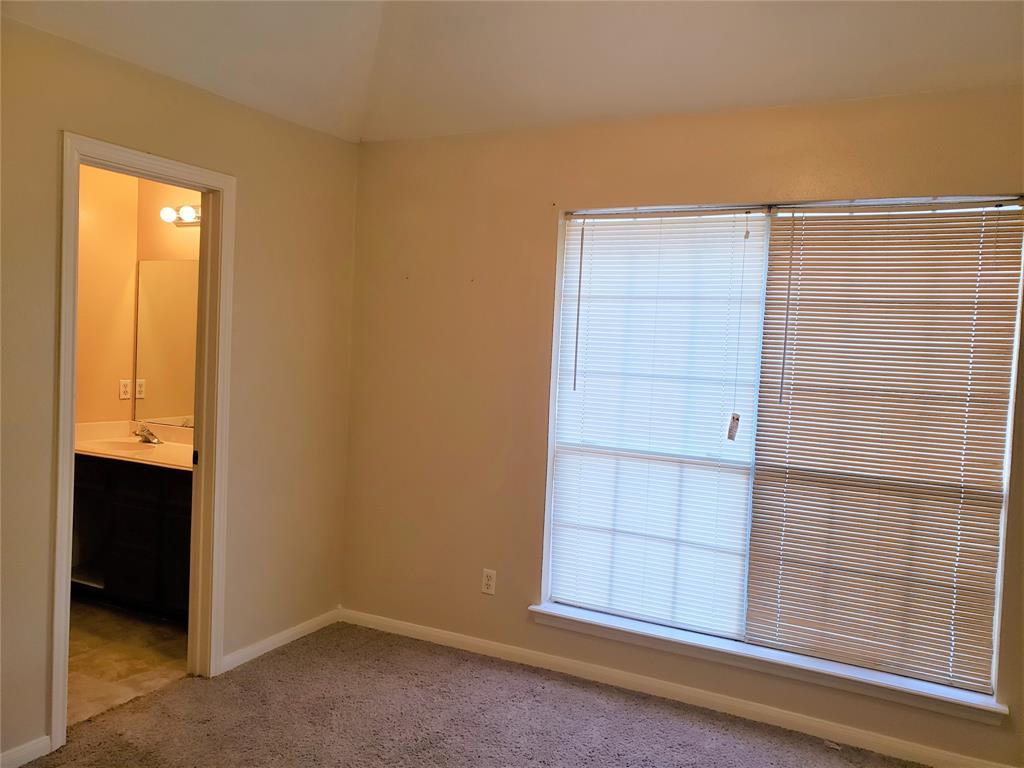 Pending | 1153 Lovett Street Tomball, Texas 77375 6