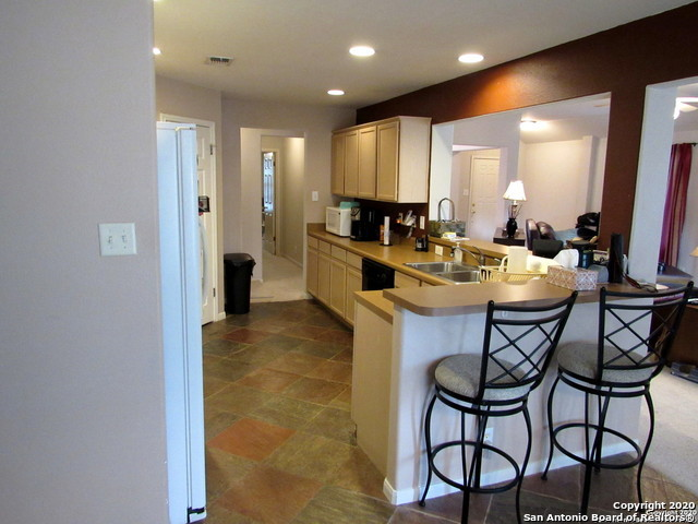 Active Option | 7706 Braun Way San Antonio, TX 78250 2