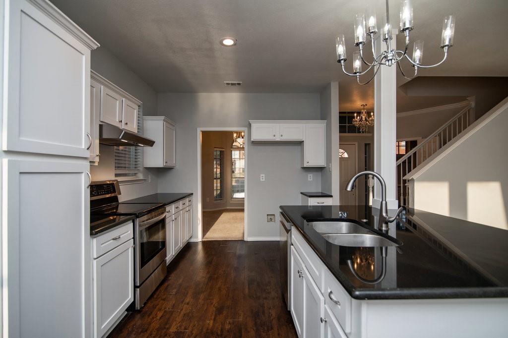 Active Option Contract | 1412 Bosher  Drive Cedar Hill, TX 75104 13
