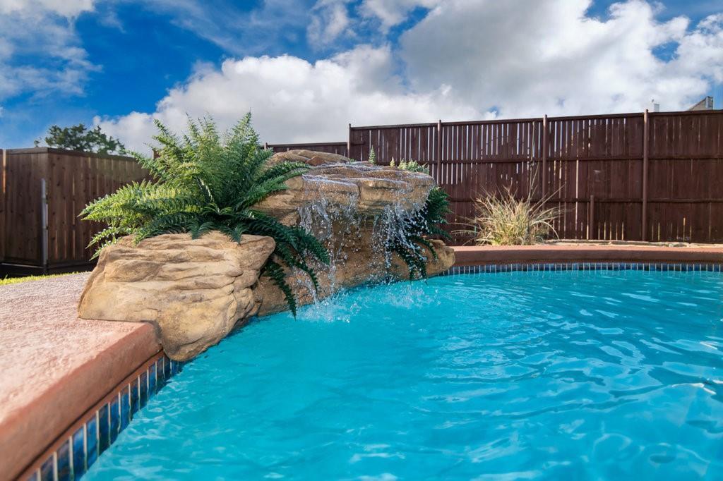 Active Option Contract | 1412 Bosher  Drive Cedar Hill, TX 75104 2