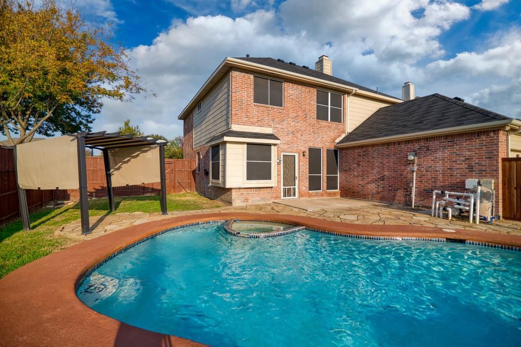 Active Option Contract | 1412 Bosher  Drive Cedar Hill, TX 75104 5
