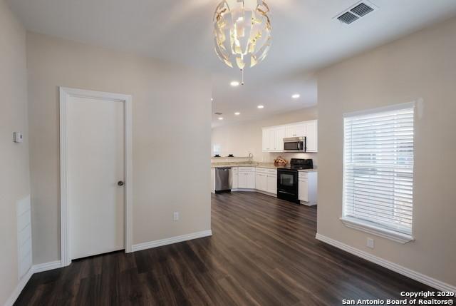 Active Option | 1202 Center St San Antonio, TX 78202 4
