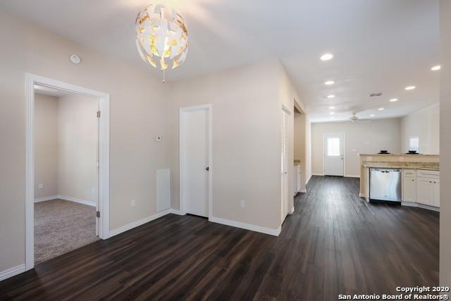 Active Option | 1202 Center St San Antonio, TX 78202 5
