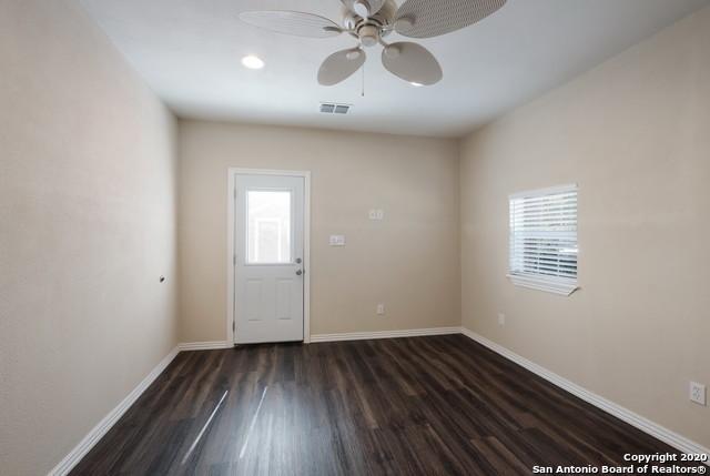 Active Option | 1202 Center St San Antonio, TX 78202 8