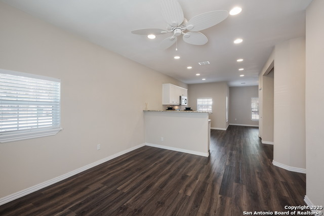 Active Option | 1202 Center St San Antonio, TX 78202 9