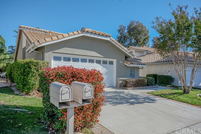 Pending | 884 Olympic  Avenue Banning, CA 92220 1