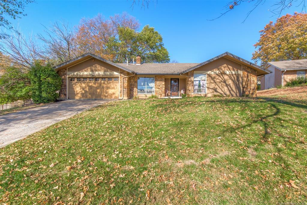 Active | 3719 E 69th Place Tulsa, OK 74136 1