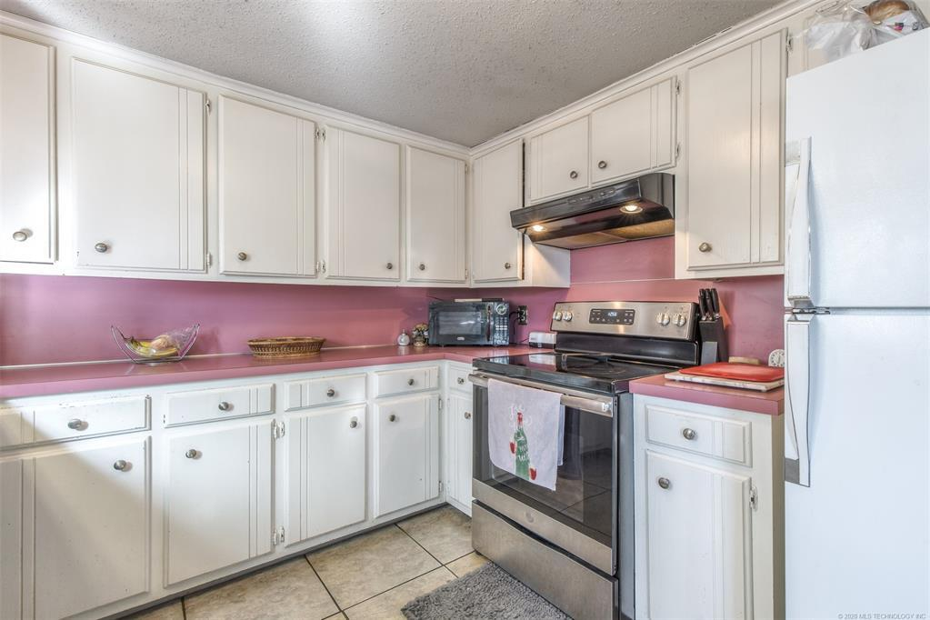 Active | 3719 E 69th Place Tulsa, OK 74136 19