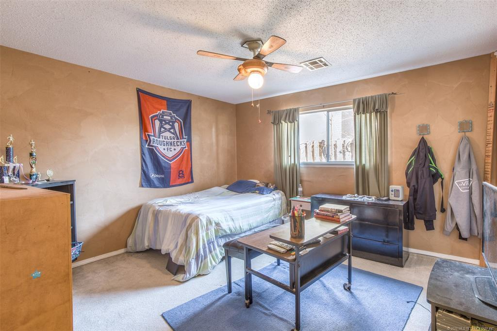 Active | 3719 E 69th Place Tulsa, OK 74136 27