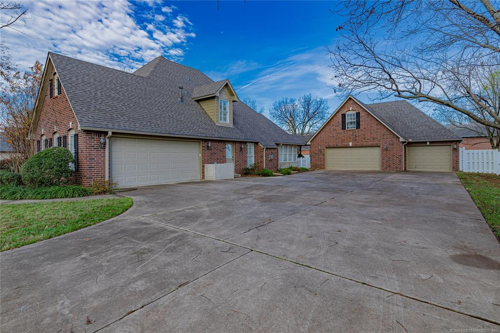 Active | 1804 Forest Park Drive Claremore, OK 74017 3