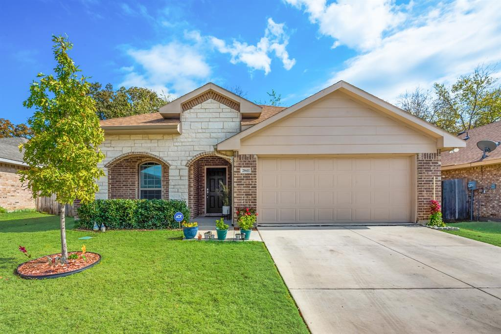 Pending | 2860 Pacifico  Way Fort Worth, TX 76111 1