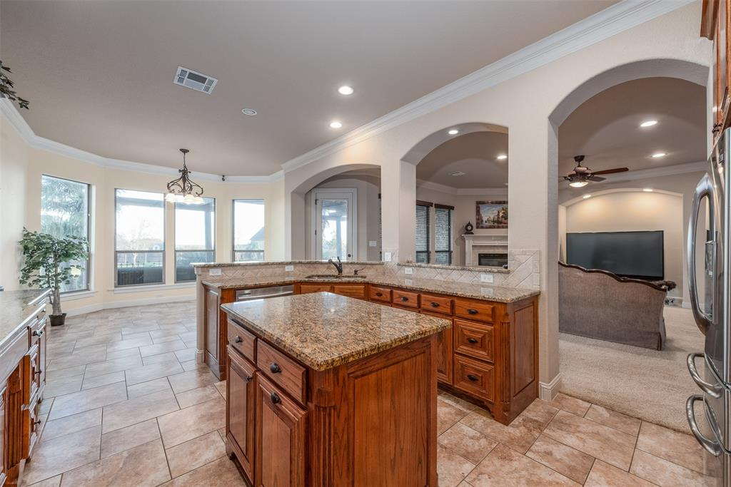 Sold Property   7148 Granville  Drive Mansfield, TX 76063 12