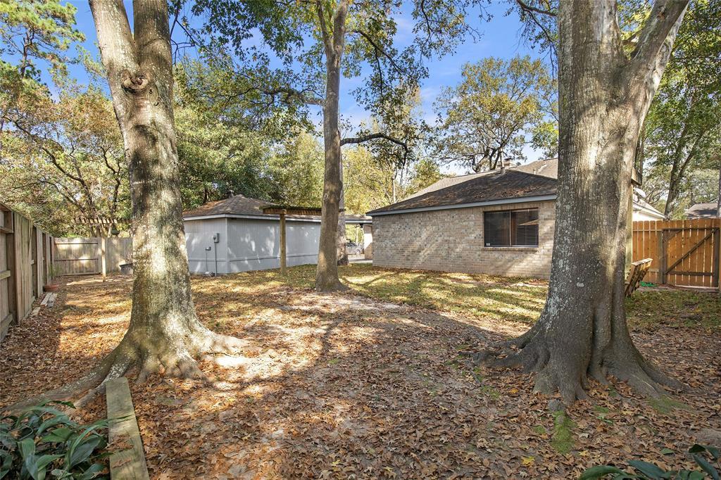 Option Pending | 4323 Long Glen  Drive Kingwood, TX 77339 10