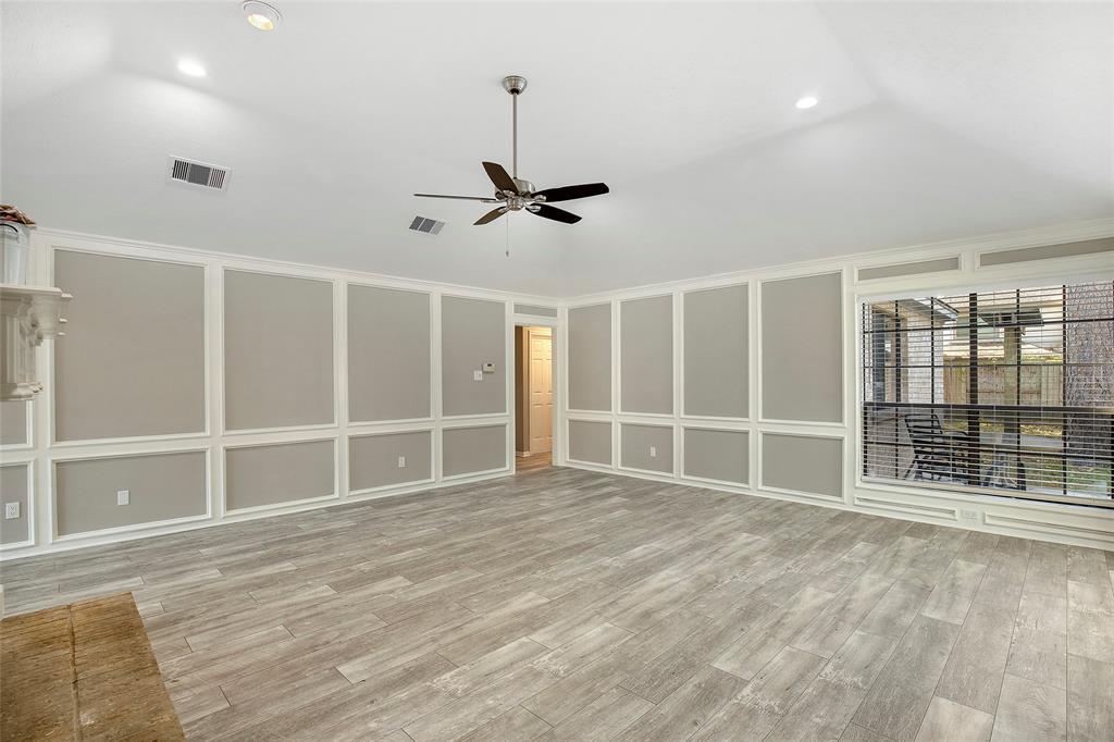 Option Pending | 4323 Long Glen  Drive Kingwood, TX 77339 16