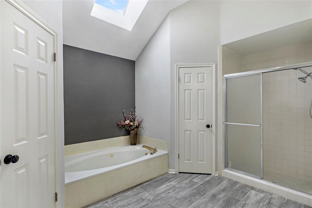 Option Pending | 4323 Long Glen  Drive Kingwood, TX 77339 22