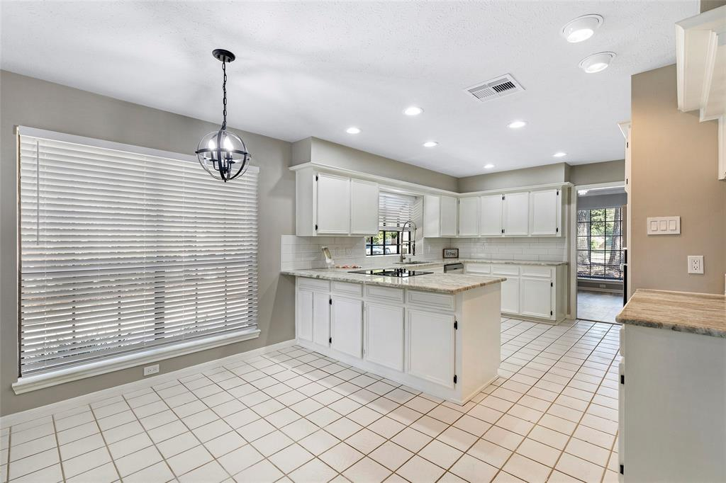 Option Pending | 4323 Long Glen  Drive Kingwood, TX 77339 34