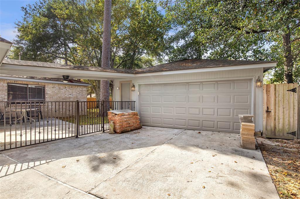 Option Pending | 4323 Long Glen  Drive Kingwood, TX 77339 5