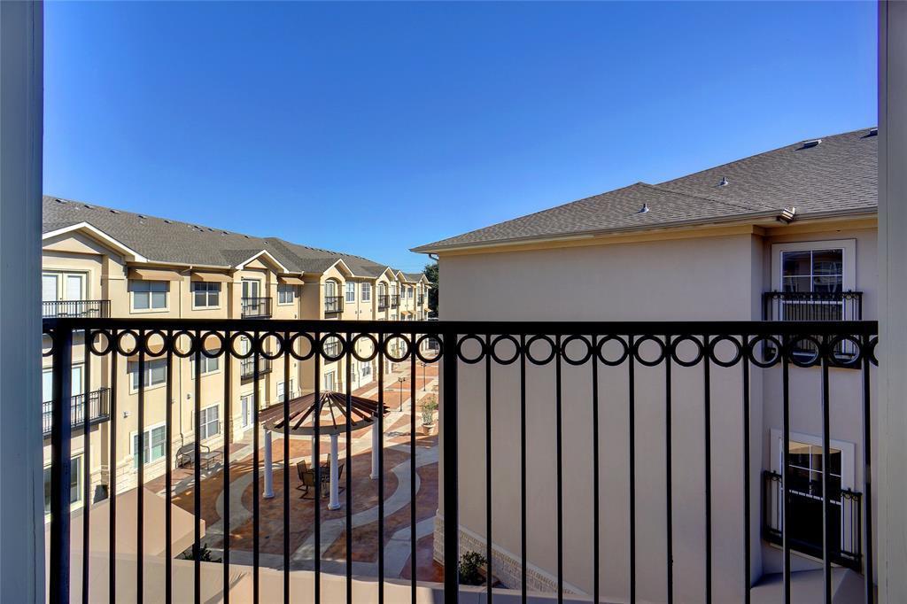 Active | 3102 Kings  Road #1308 Dallas, TX 75219 14
