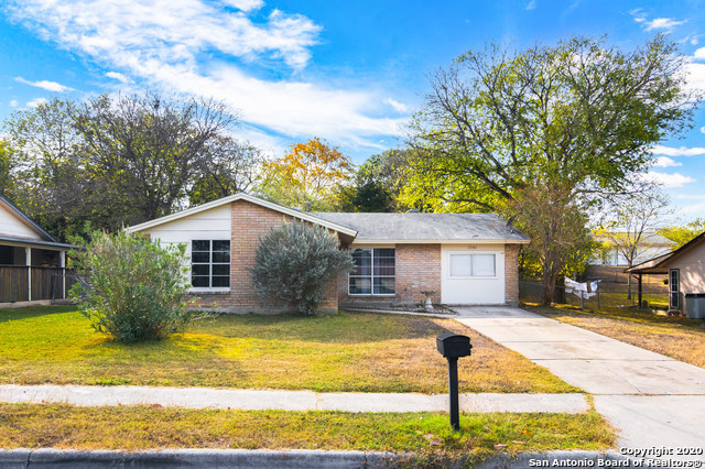 Active Option | 12301 NORTHLEDGE DR Live Oak, TX 78233 1