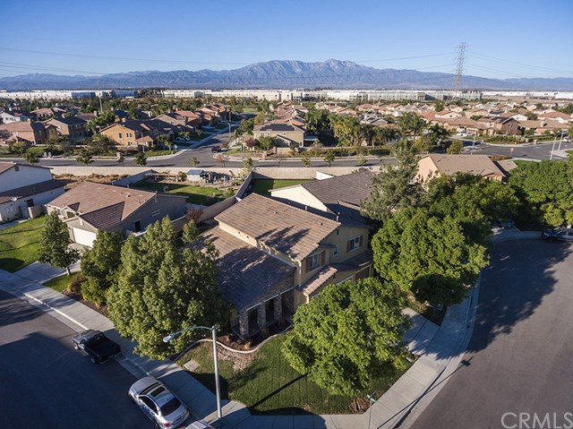 Closed | 6745 Ramblewood Court Eastvale, CA 92880 30